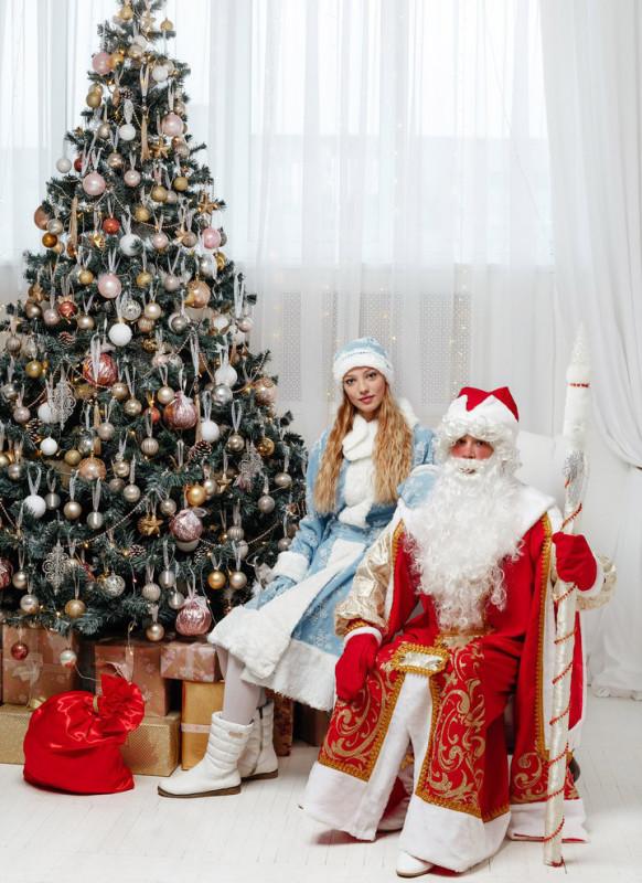 Дед мороз и снегурочка во Владимире